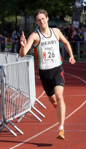 Richard Weir brings Derby home to victory in 2015 6 stage road relay championship