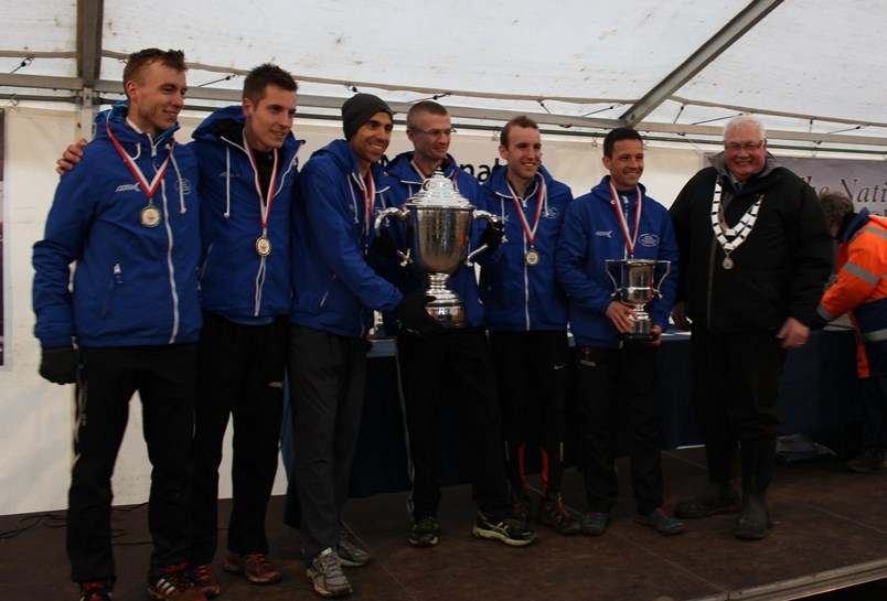 Morpeth Harriers, English National Cross Country Championship 2016 receive their cup from ECCA Preident Bill McGuirk